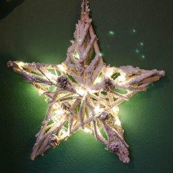 Świąteczna gwiazda ze światełkami LED